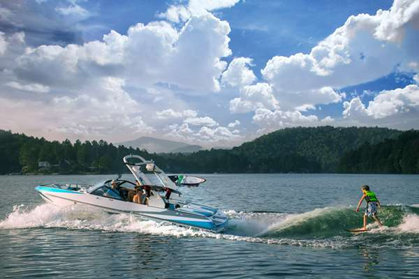 Malibu 21 VLX | Wake Surfing is Child's Play